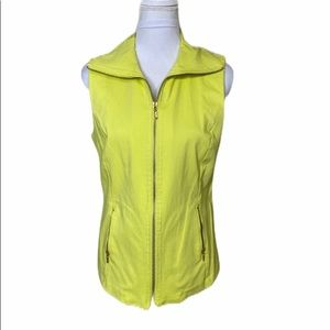 Attyre Front Zip Yellow Pockets Stretch Vest Med